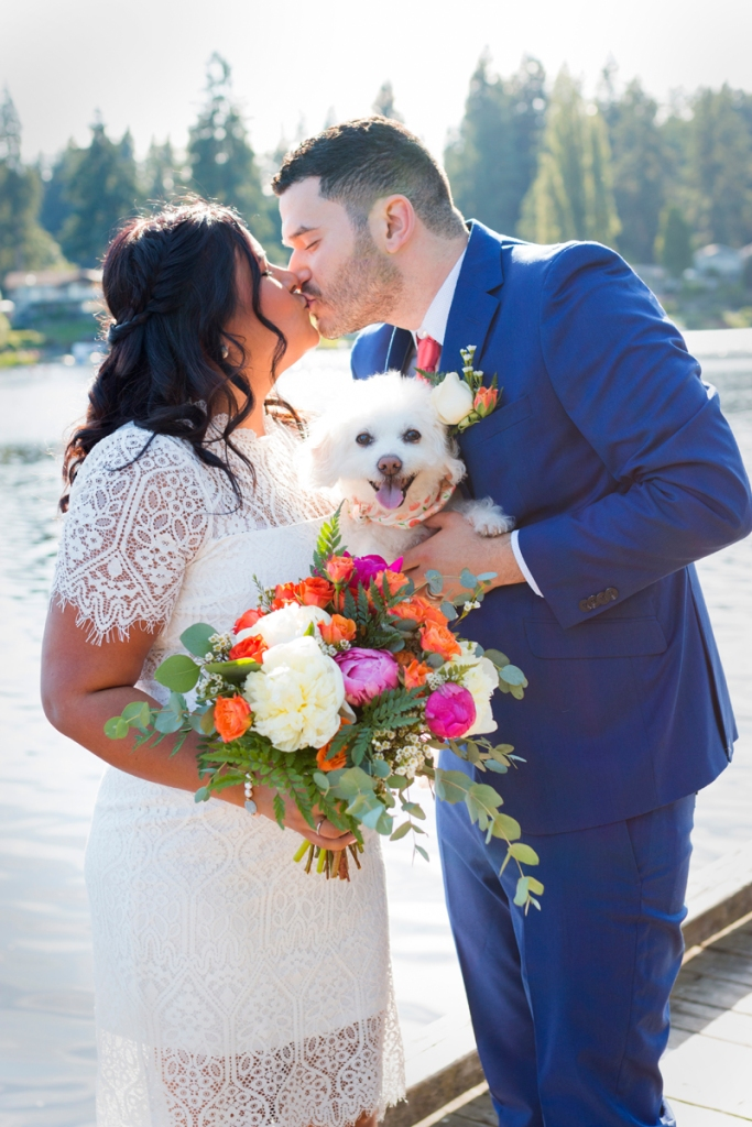 Wedding photo with dog